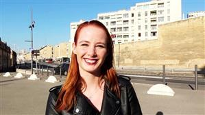 jacquieetmicheltv-20-11-27-roxy-22-years-old-yachtsman-in-marseille.jpg