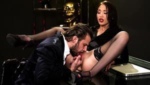 roccosiffredi-20-11-28-kris-the-foxx-roccos-perverted-secretaries-scene-1.jpg