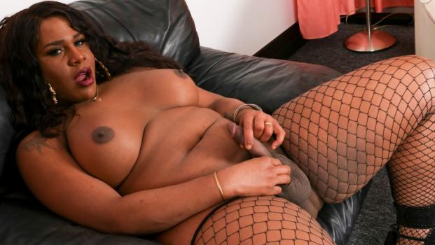 Black-tgirls.com- The Return of Karla Body