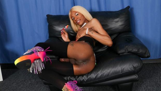 Black-tgirls.com- Baby Doll Cums