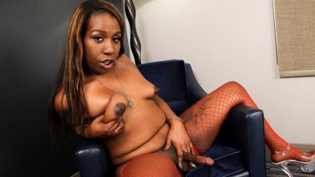 Black-tgirls.com- Meet Sexy Patience