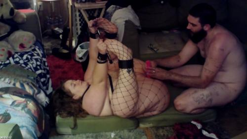 bbw in fishnets locked in spreader bar , toyed , ate out and fucked on the floor | Kronos Phoenix