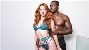 darkx-20-11-19-lacy-lennon-redhead-lacy-wants-that-big-cock.jpg