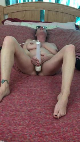 My best Grool eating video yet! Cum hard and then enjoy my creamy pussy taste | highandhorney22
