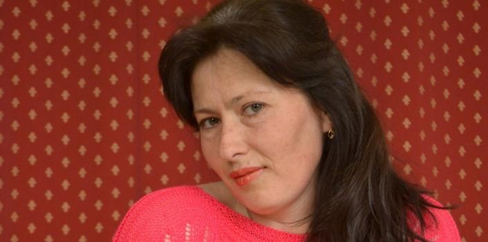 Mature.nl- Mature woman with hairy pussy